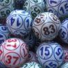 bolas de bingo de colores